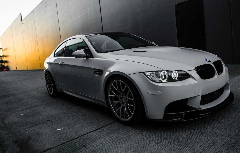 Photo wallpaper white, light, wall, bmw, BMW, coupe, white, side view, day, e92