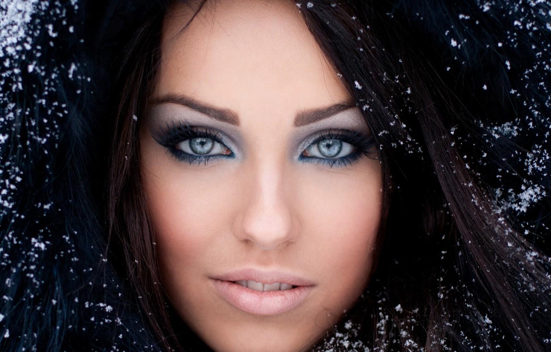 Photo wallpaper winter, eyes, look, girl, snow, face, eyelashes, makeup, brunette, hood, fur
