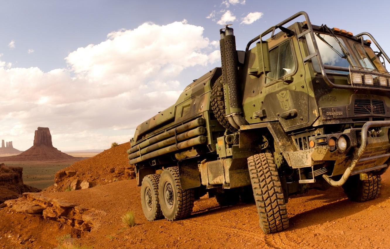 Photo wallpaper desert, truck, Oshkosh, Family of Medium Tactical Vehicles, FMTV