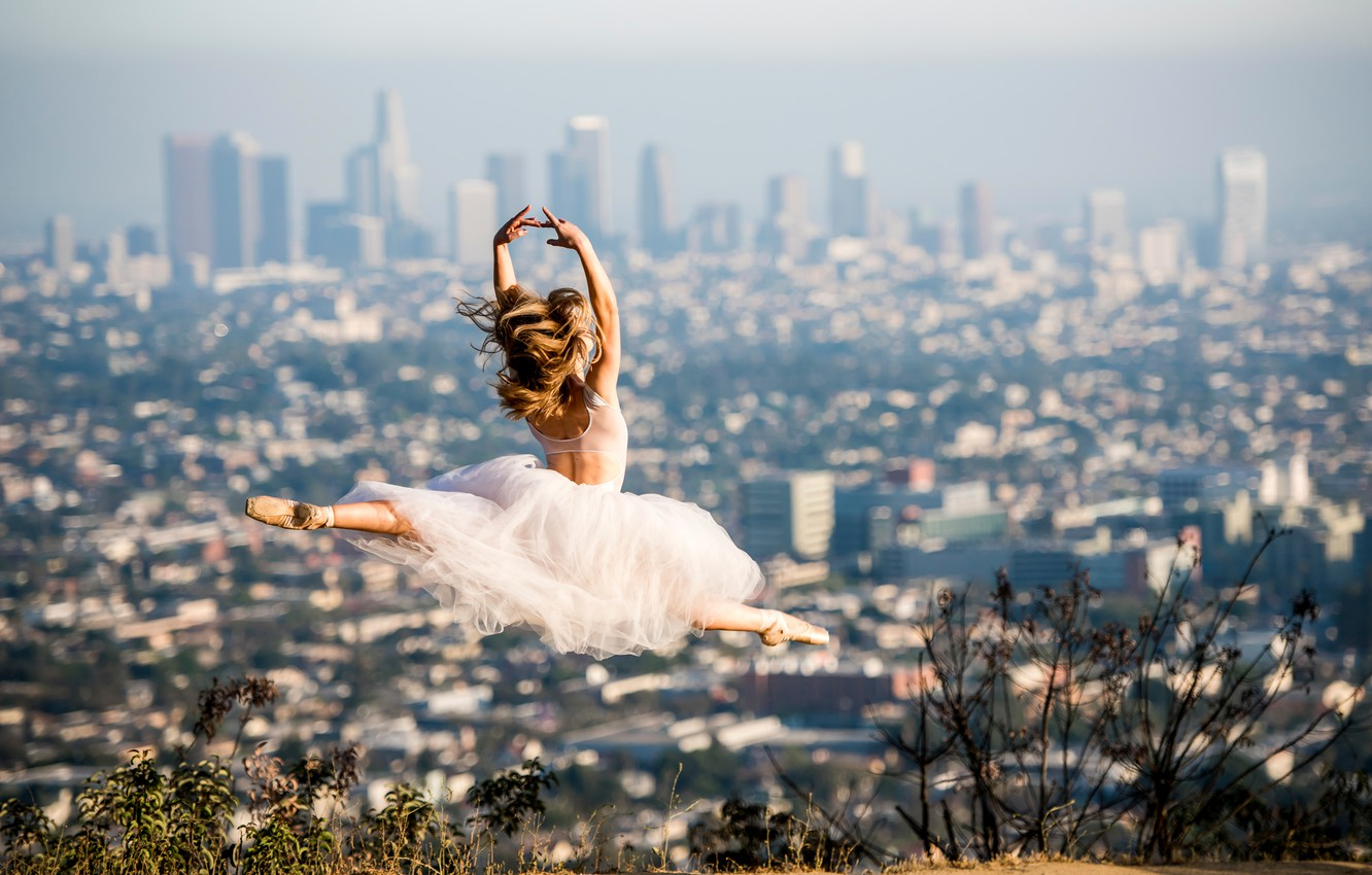Wallpaper The City Jump Dress Ballerina In The Background Los Angeles Pointe Shoes Beautiful Ballet Images For Desktop Section Situacii Download