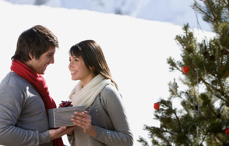 Photo wallpaper winter, girl, snow, joy, happiness, mood, holiday, box, gift, woman, tree, new year, male, guy, …