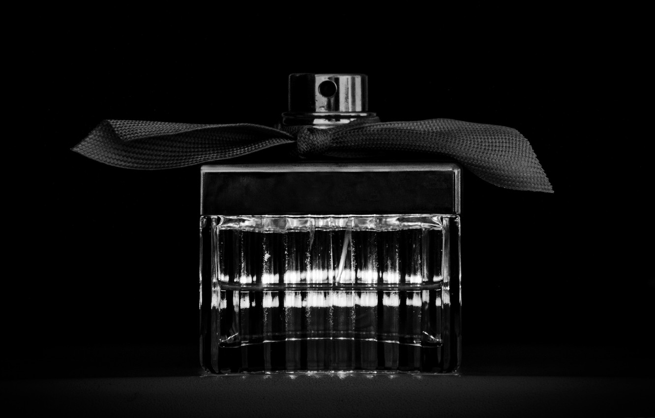Photo wallpaper perfume, excerpt, black and white, bow, chloe, black and white, bow, toilet water, flakonchik with …
