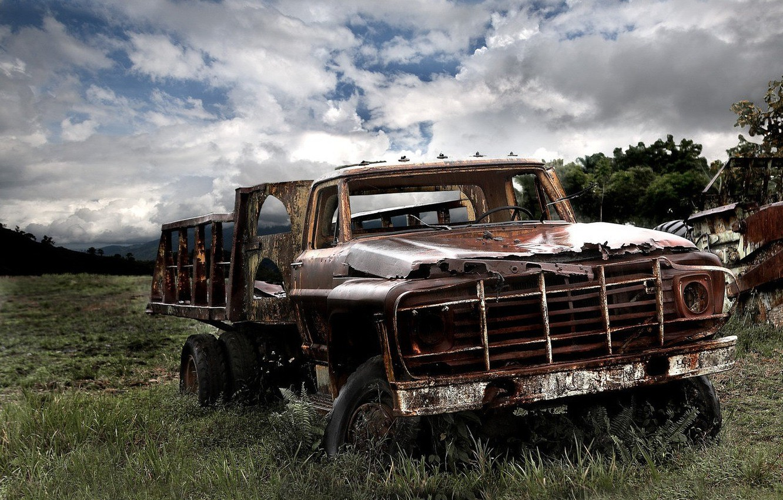 Photo wallpaper sadness, old age, trucks, machine