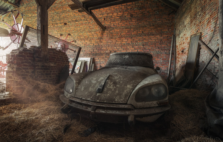 Photo wallpaper machine, scrap, Citroën DS