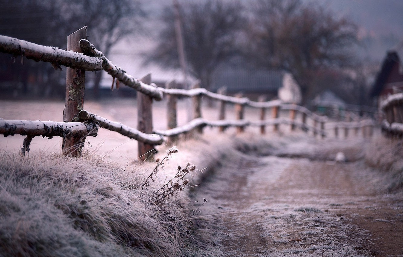 Photo wallpaper frost, the fence, Winter, blur, path, fence