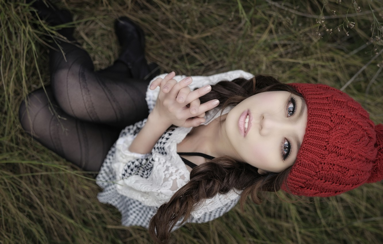 Photo wallpaper look, hat, tights, Asian, blue eyes, jacket, sitting, red, binding