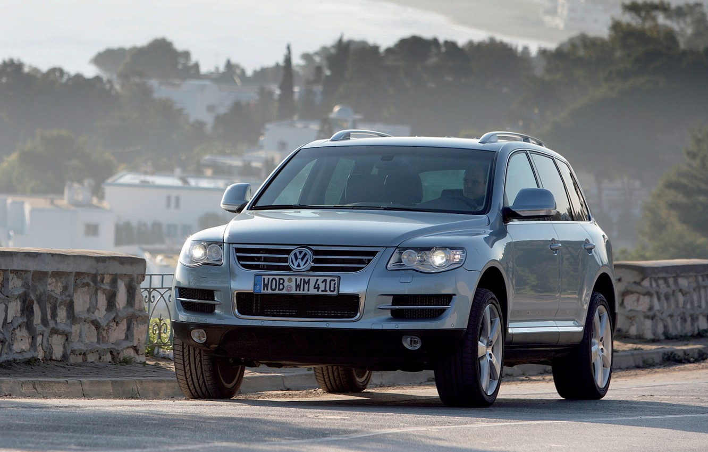 Photo wallpaper background, Volkswagen, Touareg, the front, Volkswagen, V10, Touareg, tdi