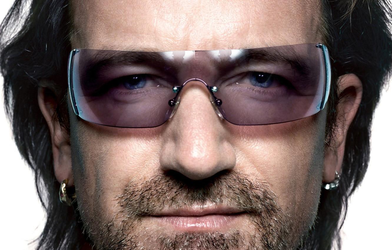 Photo wallpaper close-up, guitar, portrait, Ireland, Bono, Dublin, soloist, wallpaper., vocals, rock-n-roll, frontman, u2, the band U2