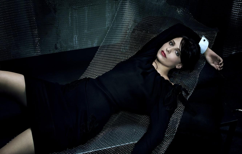 Photo wallpaper girl, mesh, actress, brunette, in black, Sarah Michelle gellar, Sarah Michelle gellar