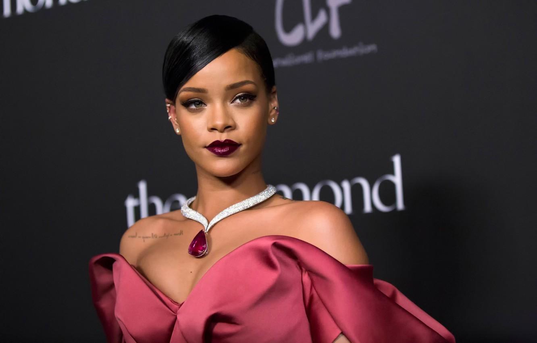 Photo wallpaper portrait, makeup, Rihanna, Rihanna
