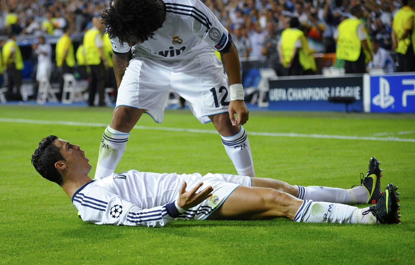 Photo wallpaper CR7, Real Madrid, Real Madrid, Marcelo, C.Ronaldo, CriRo, 2012-13