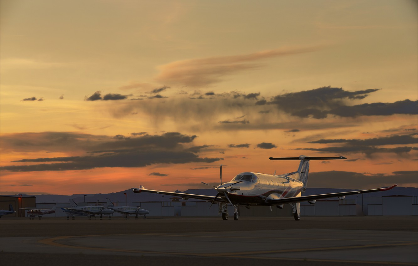 Wallpaper Sunset The Plane The Airfield Pilatus Pc 12