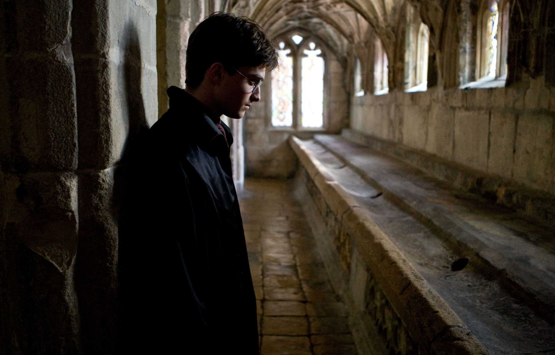 Photo wallpaper reverie, Windows, corridor, profile, Harry Potter, Harry Potter, Hogwarts, Daniel Radcliffe