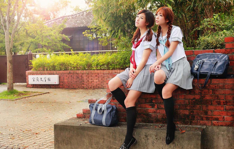 Photo wallpaper girls, socks, legs, Schoolgirls, handbags