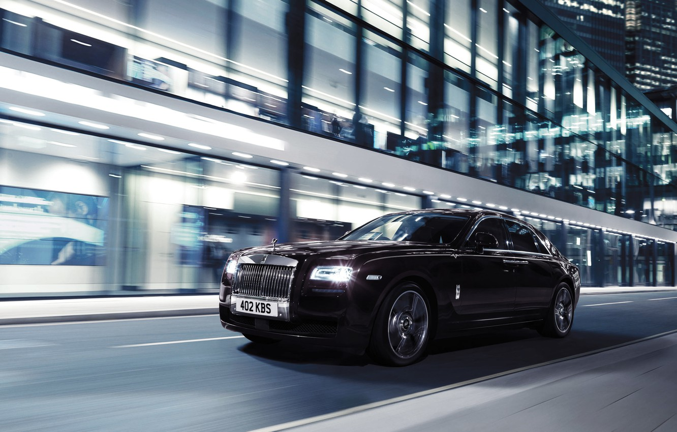 Photo wallpaper Auto, Night, The city, Machine, Lights, The front, In motion, Rolls Royce Ghost V-Specification