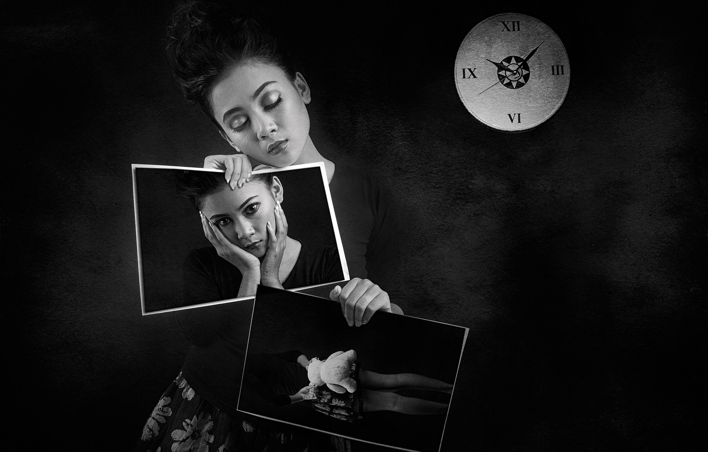 Photo wallpaper girl, time, photo, watch