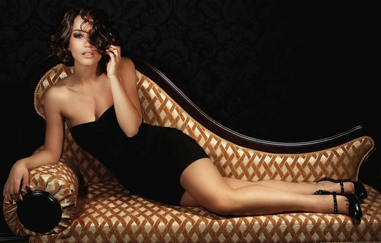 Photo wallpaper girl, sofa, singer, Victoria Dayneko