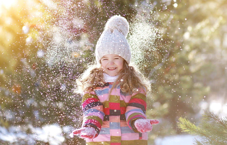 Photo wallpaper winter, snow, joy, smile, hat, child, hands, jacket, girl, girl, beautiful, winter, snow, child