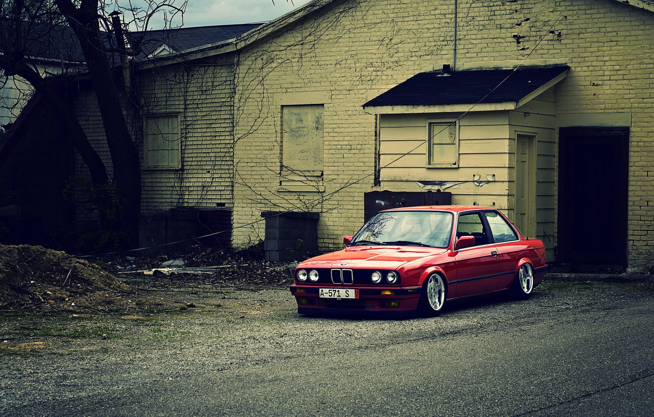 Wallpaper red, BMW, BMW, red, E30, The 3 series, frontside ...