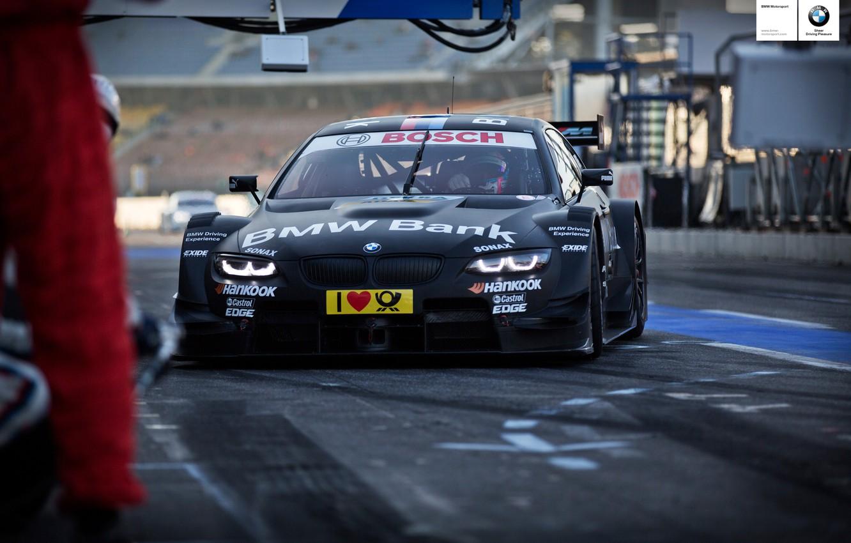 Photo wallpaper BMW, racecar, DTM, 2013, pitstop, Bruno Spengler