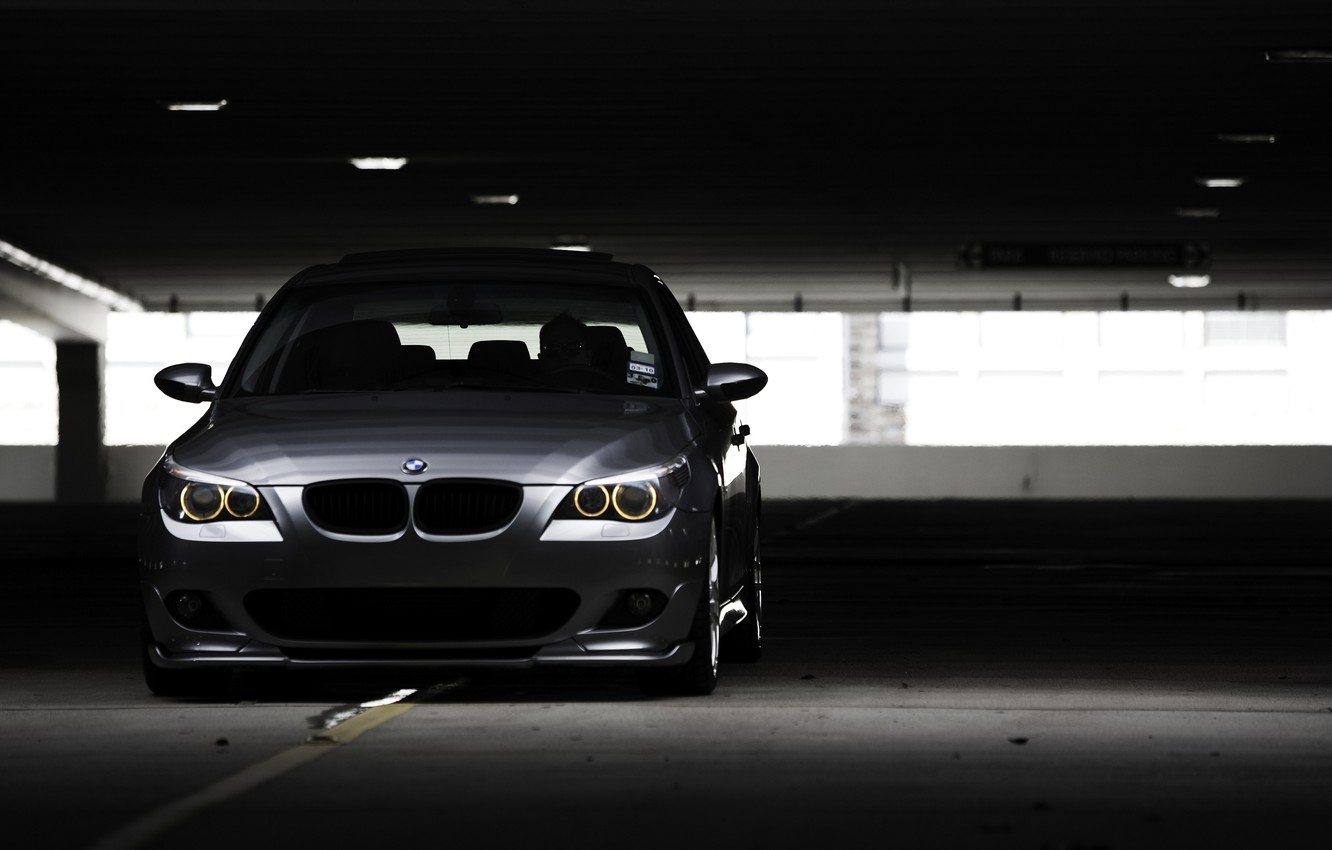 Photo wallpaper photo, Parking, City, wallpaper, cars, auto, photography, stop, the dark background, Wallpaper BMW, 530i, Bmw …