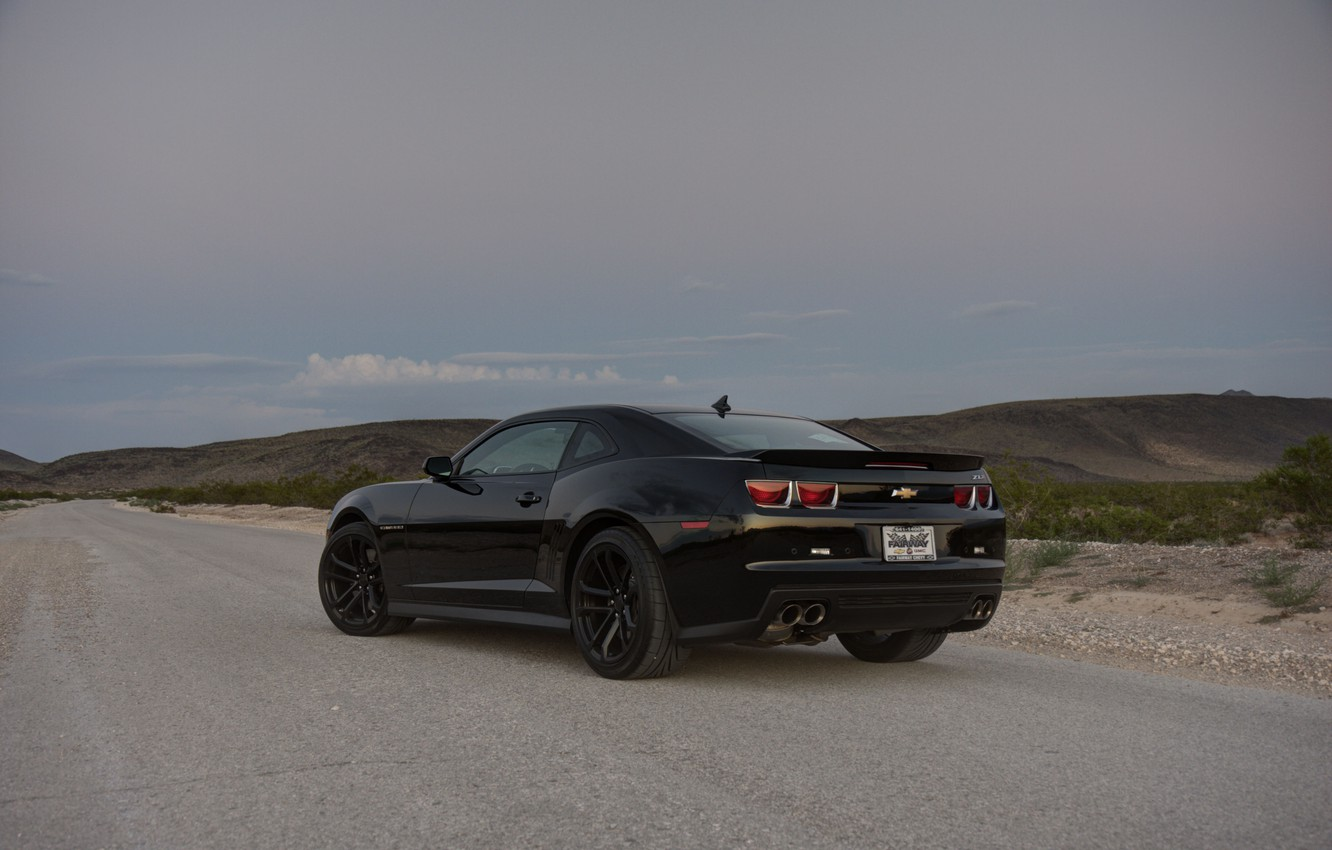 Photo wallpaper road, grass, black, slope, wheels, Chevrolet, black, camaro, rear view, chevrolet, Camaro, zl1, black rims, …