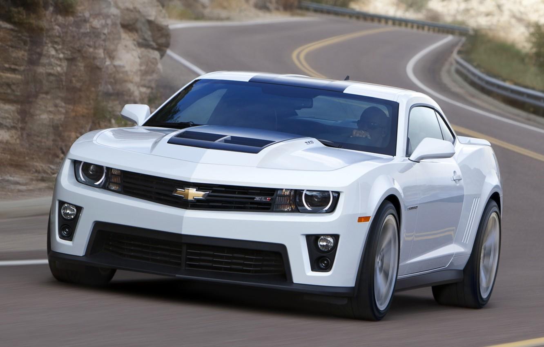 Photo wallpaper road, white, coupe, Chevrolet, muscle car, camaro, chevrolet, the front, Muscle car, Camaro, zl1