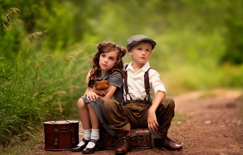 Photo wallpaper boy, girl, waiting, dog, suitcases