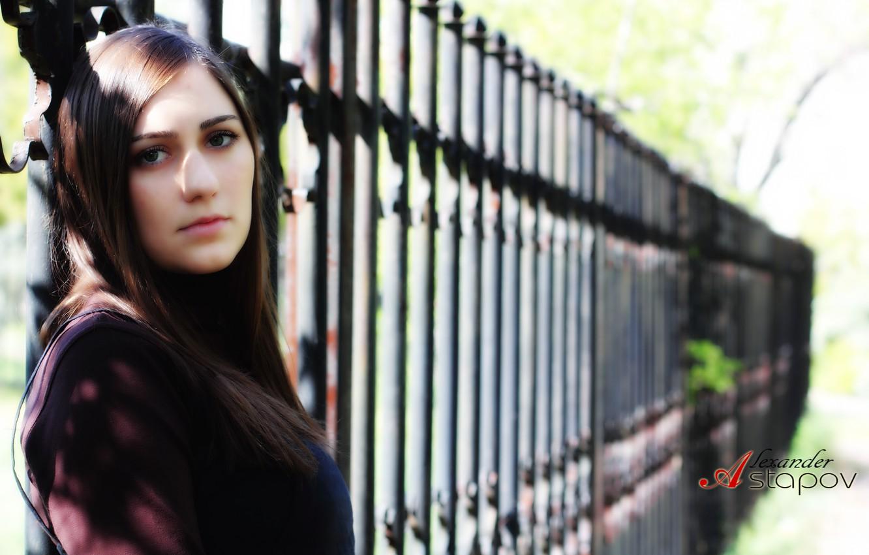 Photo wallpaper eyes, look, girl, street, the fence, brunette, lips, hair., the photographer Alexander Astapov