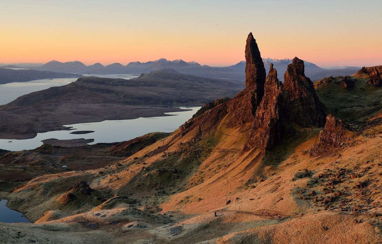 Photo wallpaper mountains, hills, people, morning, Scotland, photographer, Isle of Skye, the archipelago of the Inner Hebrides, …