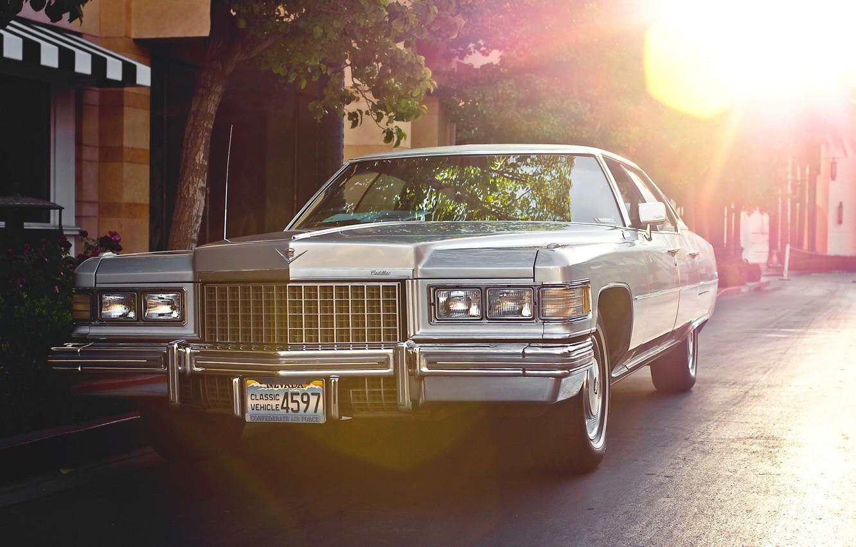 Photo wallpaper retro, Cadillac, classic, the front, 1976, Sedan, City