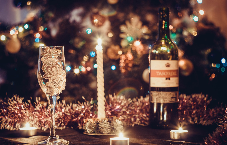 Photo wallpaper decoration, wine, balls, tree, New Year, glasses, Christmas, golden, Christmas, balls, New Year, sheep, decoration, …