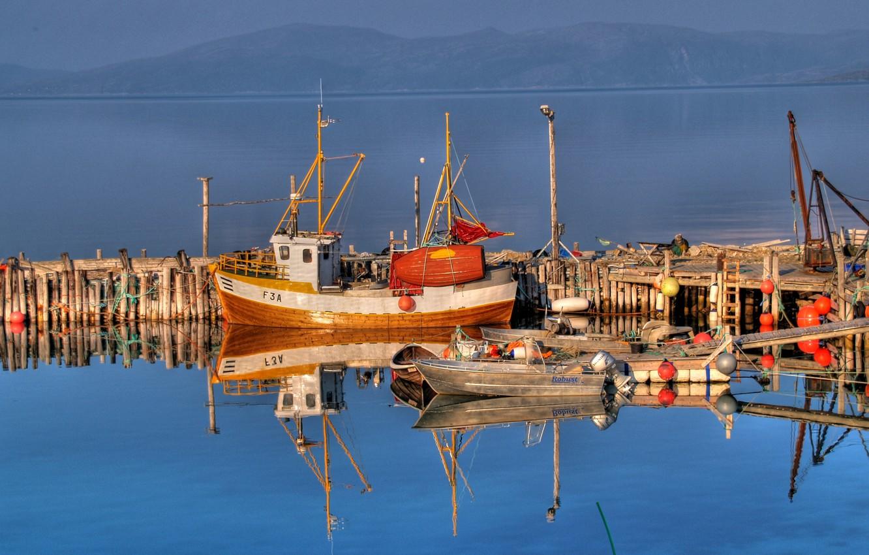 Photo wallpaper Mountains, Boats, Pier