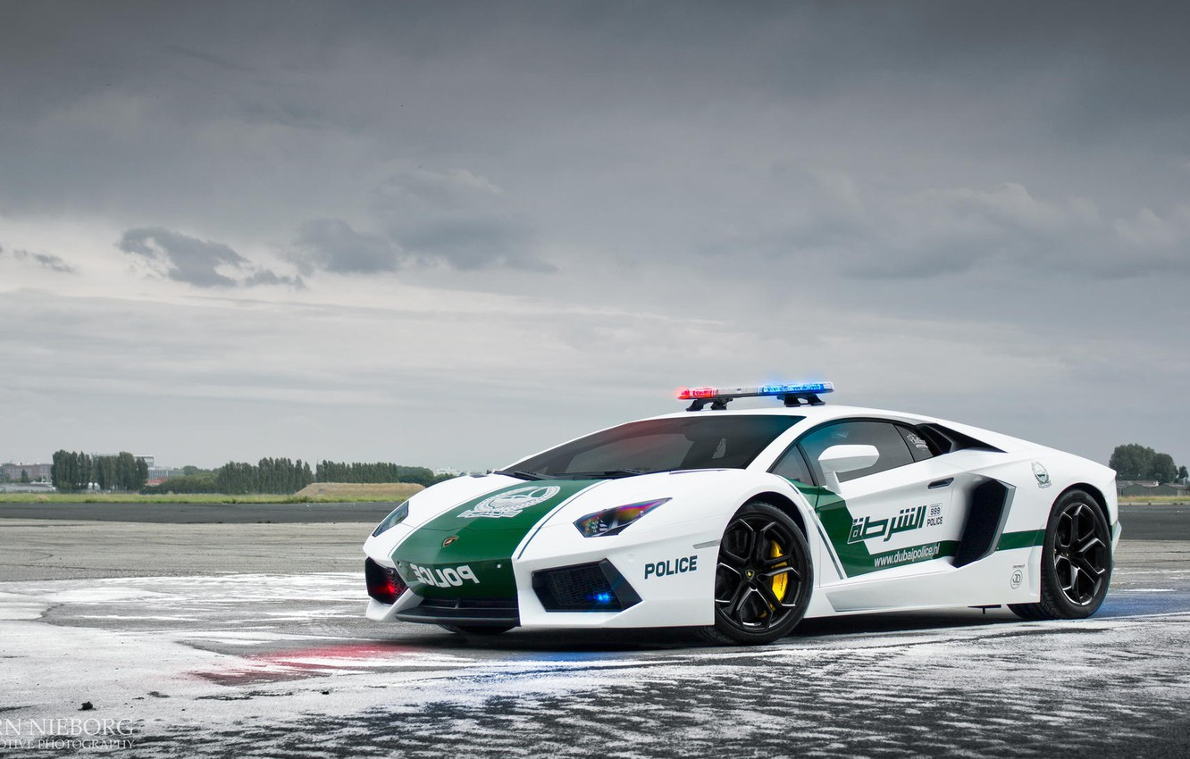 Photo wallpaper Lamborghini, Car, Dubai, Police, LP700-4, Aventador