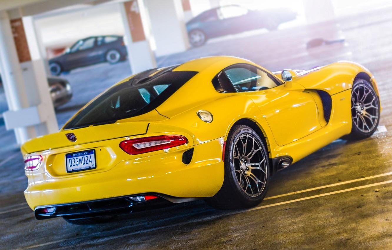 Photo wallpaper Yellow, Dodge, Dodge, Parking, Viper, Yellow, GTS, Parking, Viper, SRT