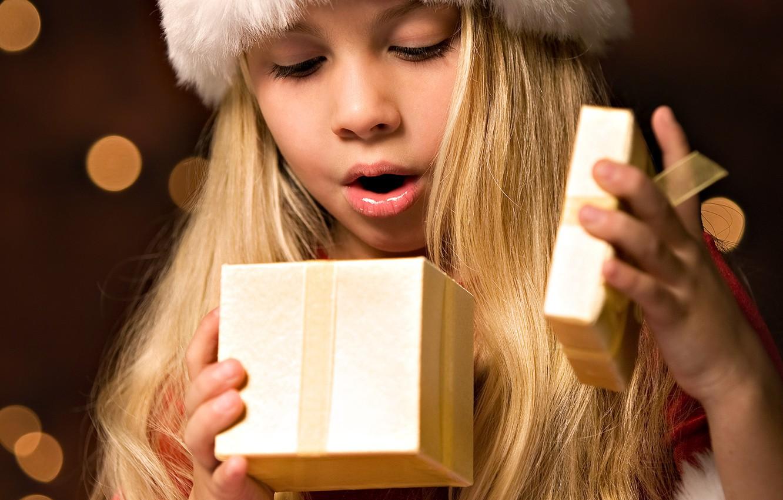 Photo wallpaper emotions, holiday, gift, Girl