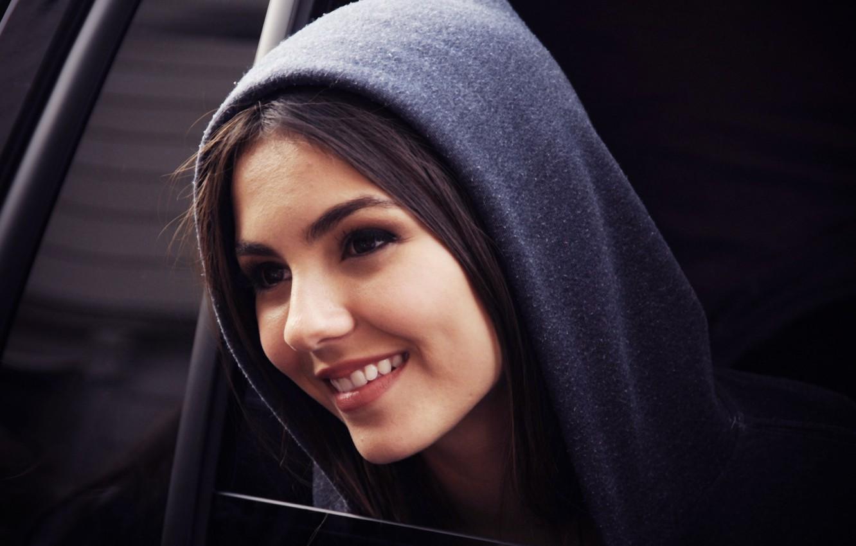 Photo wallpaper girl, grey, smile, window, Victoria Justice, cute, hood