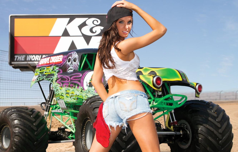 Photo wallpaper Girl, Look, Machine, Monster, Karla, Truck, Jayne