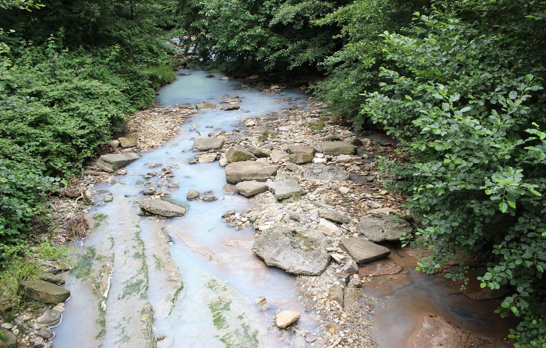 Photo wallpaper water, river, stones