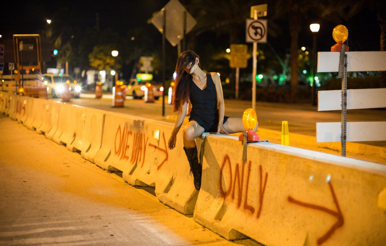 Photo wallpaper girl, night, the city, street