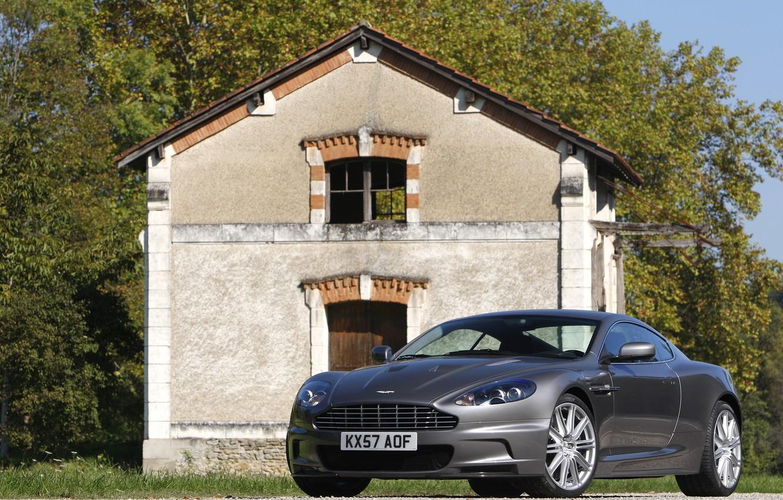 Photo wallpaper house, Aston Martin, DBS