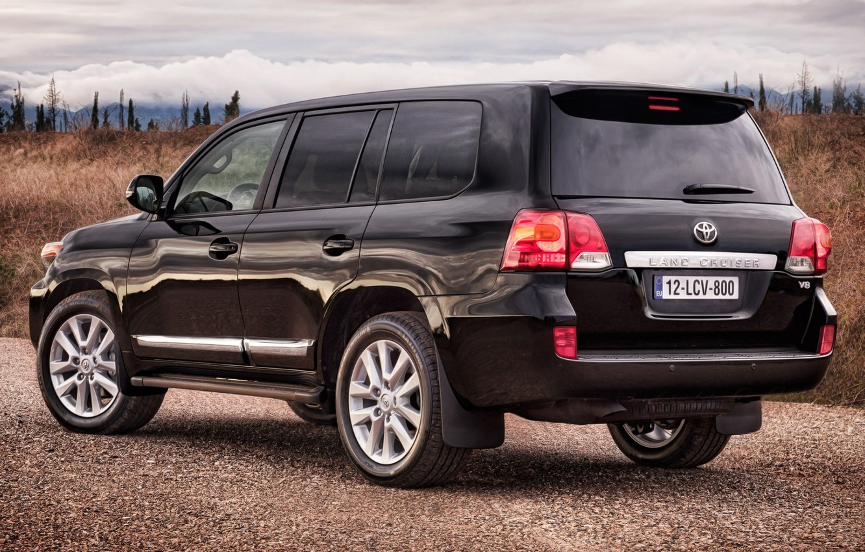 Photo wallpaper the sky, black, jeep, SUV, rear view, the bushes, toyota, Toyota, land cruiser, 200, kruzak, …