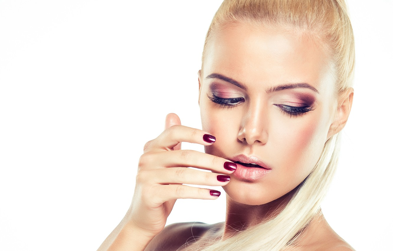 Photo wallpaper face, eyelashes, model, hair, hand, makeup, blonde, white background, shadows, manicure
