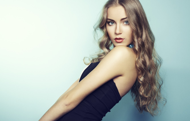 Photo wallpaper look, girl, model, hands, makeup, beautiful, black dress, curls, long hair
