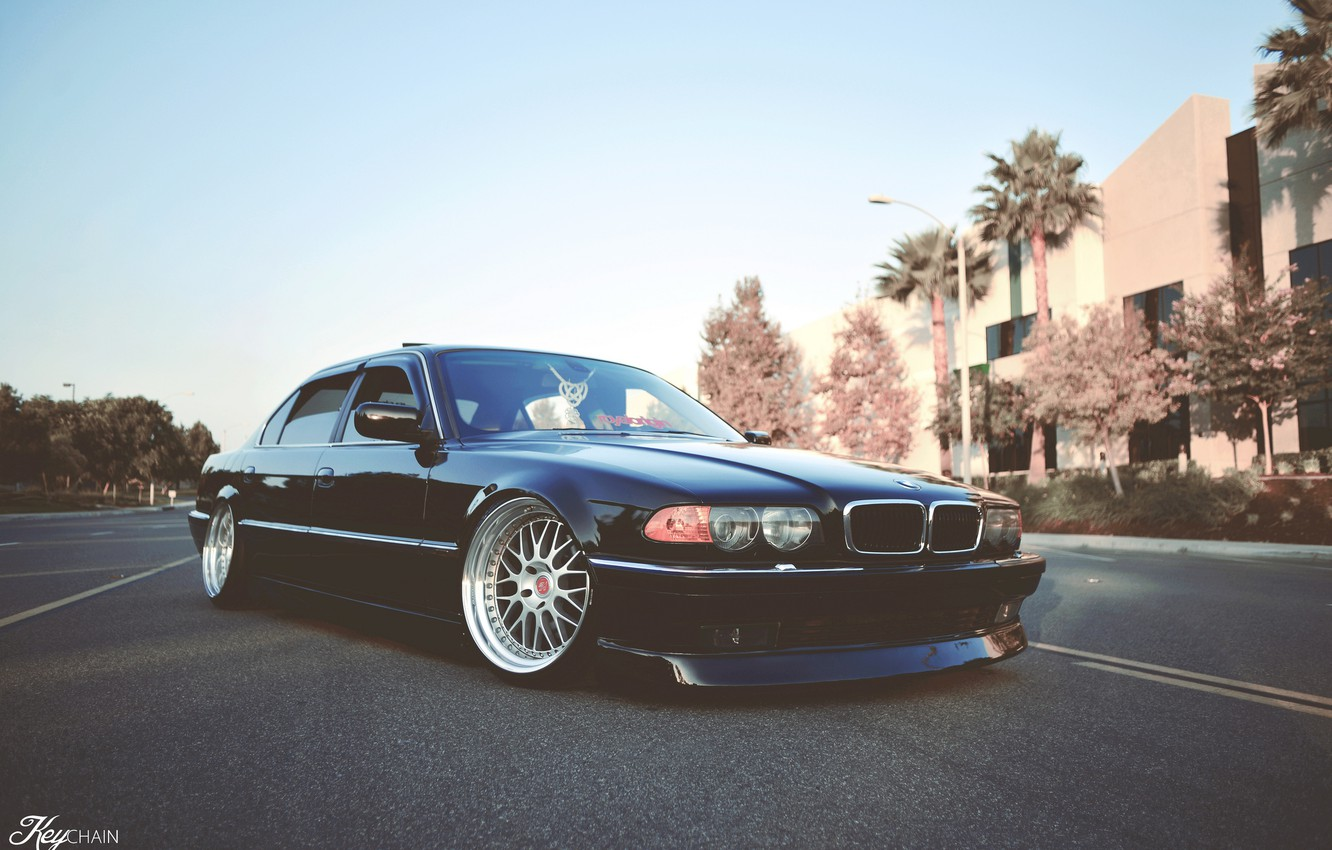 Wallpaper Road Tuning Bmw Classic Stance Bmw E38 750il Images For Desktop Section Bmw Download