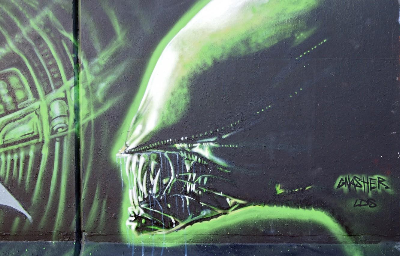 Photo wallpaper wall, graffiti, Stranger, Alien, Graffiti