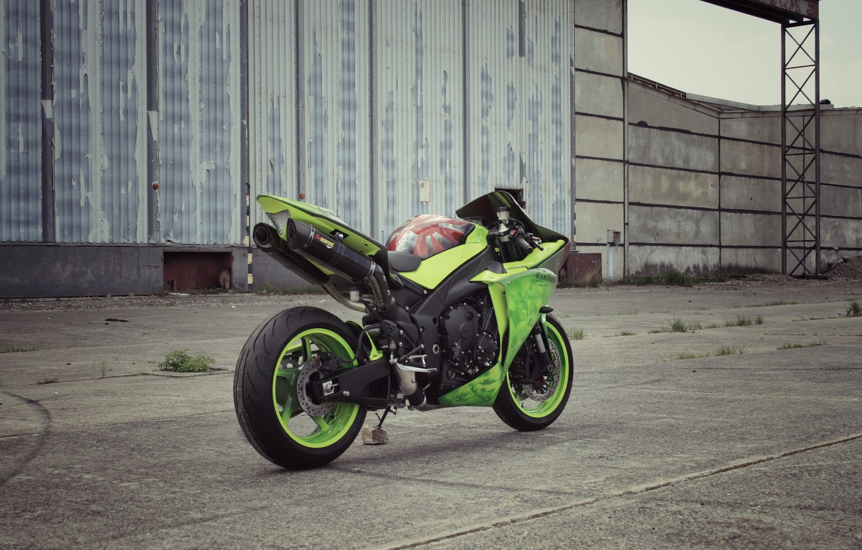 Photo wallpaper asphalt, strip, green, motorcycle, green, yamaha, rear view, bike, Yamaha, yzf-r1