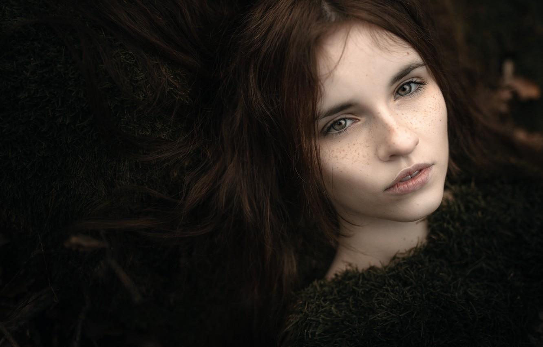 Photo wallpaper hair, portrait, freckles, bokeh, beauty in moss