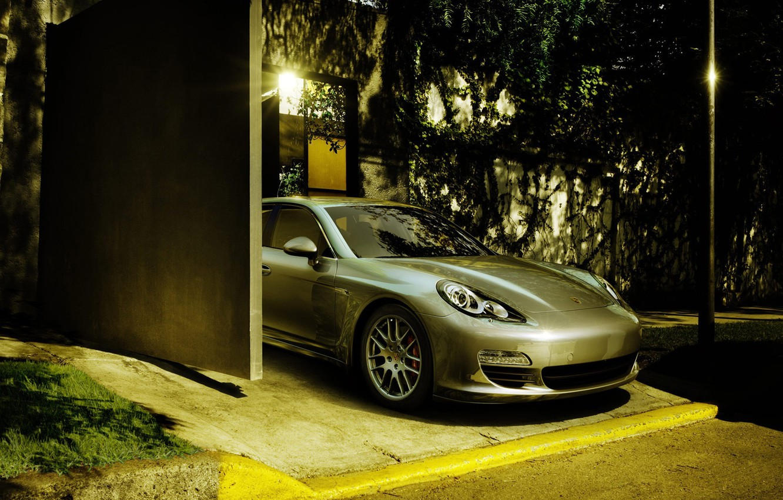 Photo wallpaper street, garage, Porsche