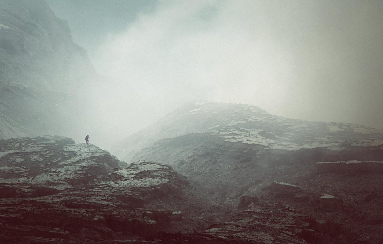 Photo wallpaper misty, mountains, fog, man, peaks